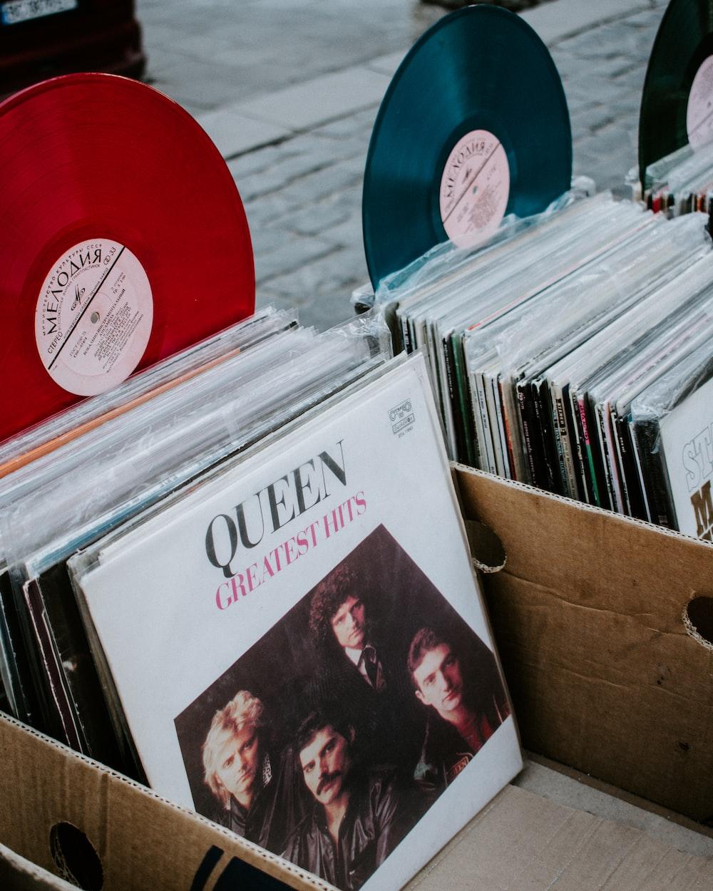Queen Greatest Hits vinyl sleeve