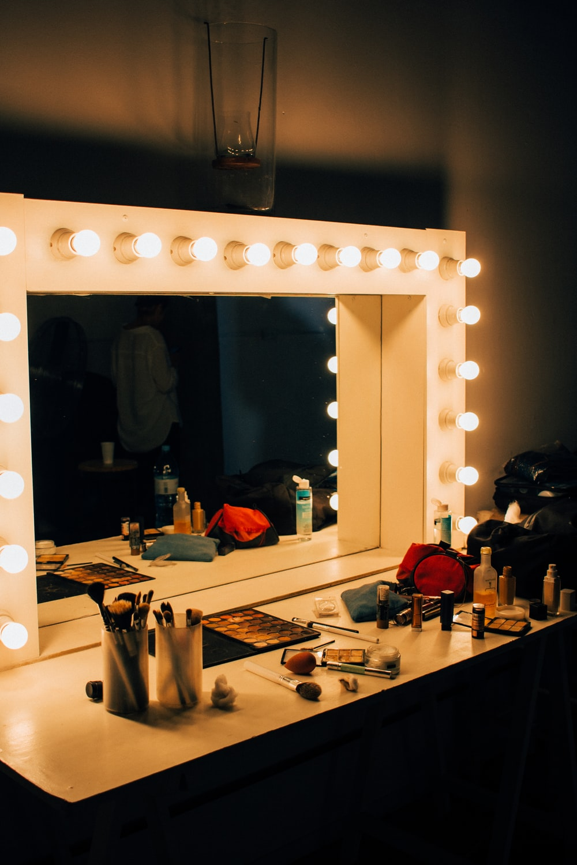 Makeup Room Pictures  Download Free Images on Unsplash