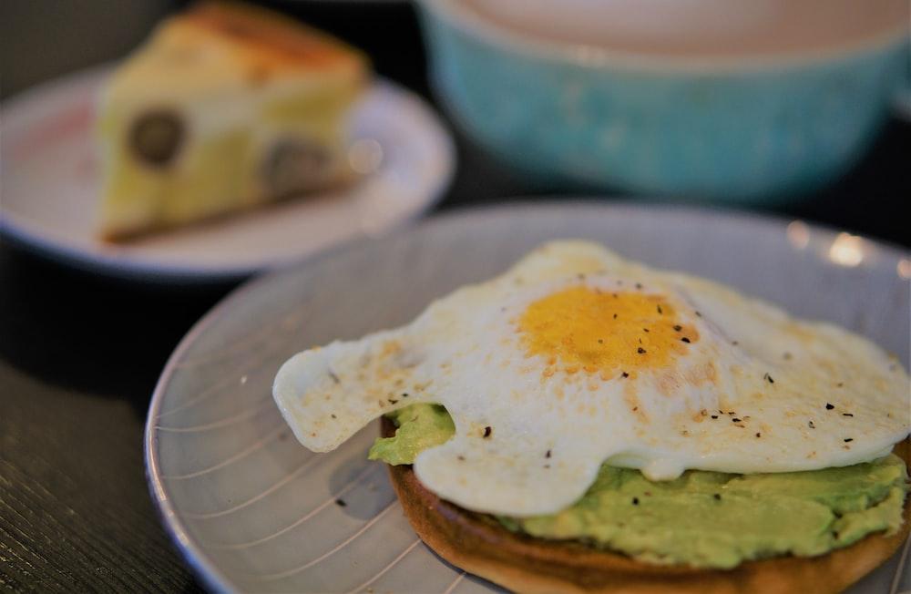 fried eggs on sandwich