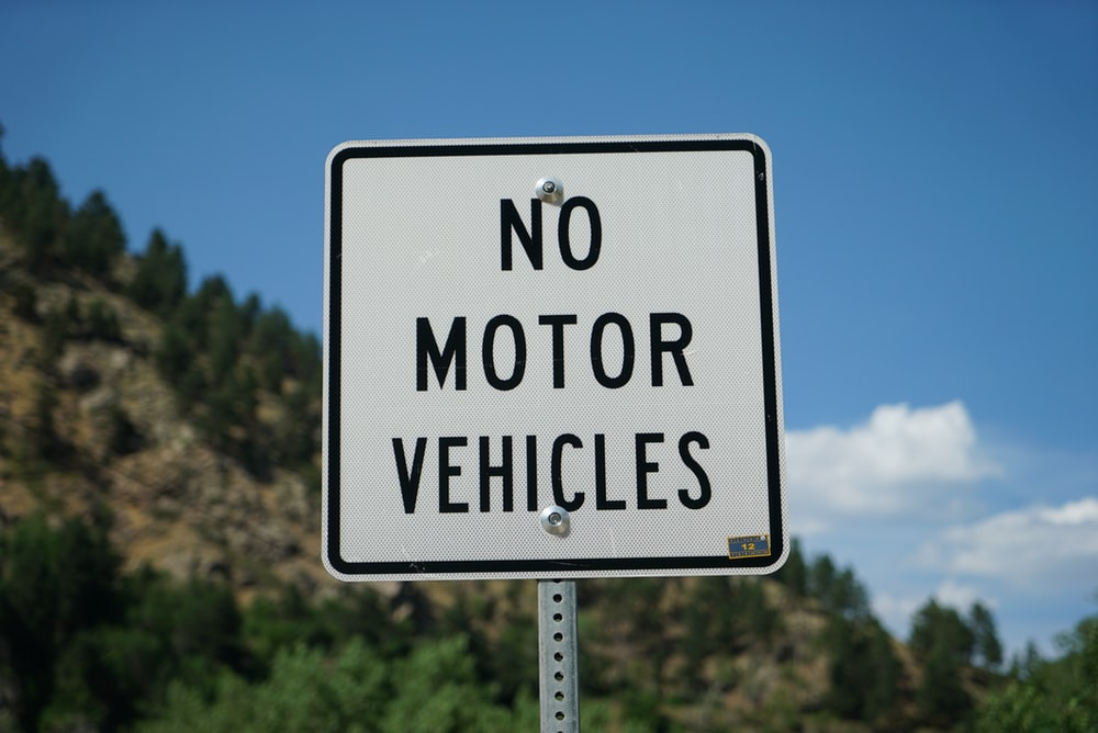 no motor vehicles signaboard