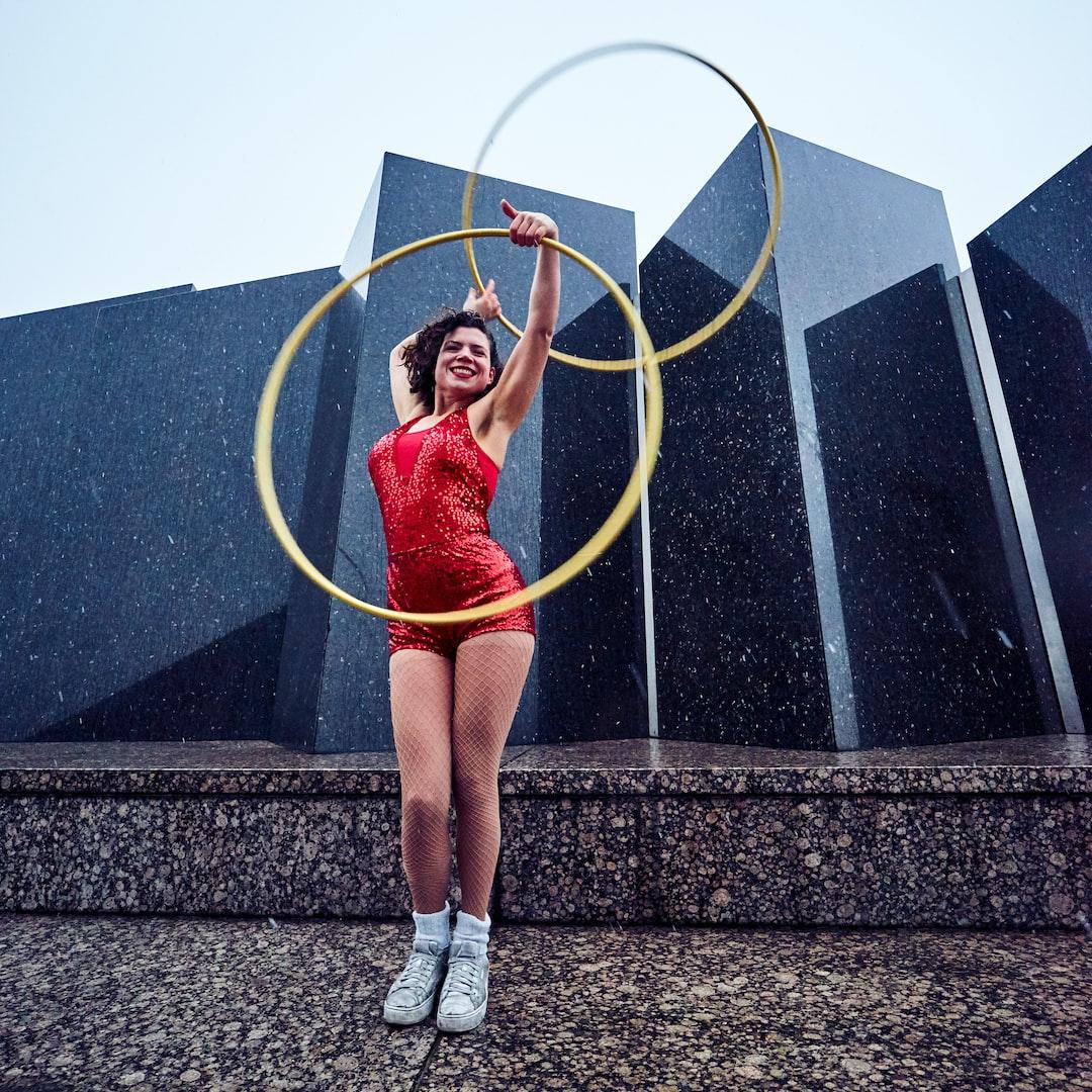 Hula hoop dance performance in Berlin.