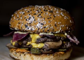 selective focus photography of burger patty