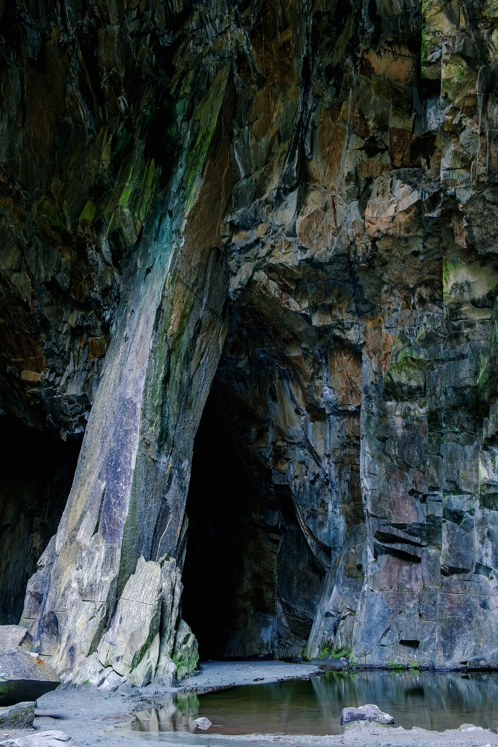 Makua Cave: Experience Thrilling Adventure