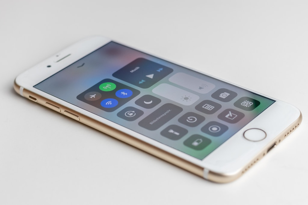gold iPhone 6s is turned on