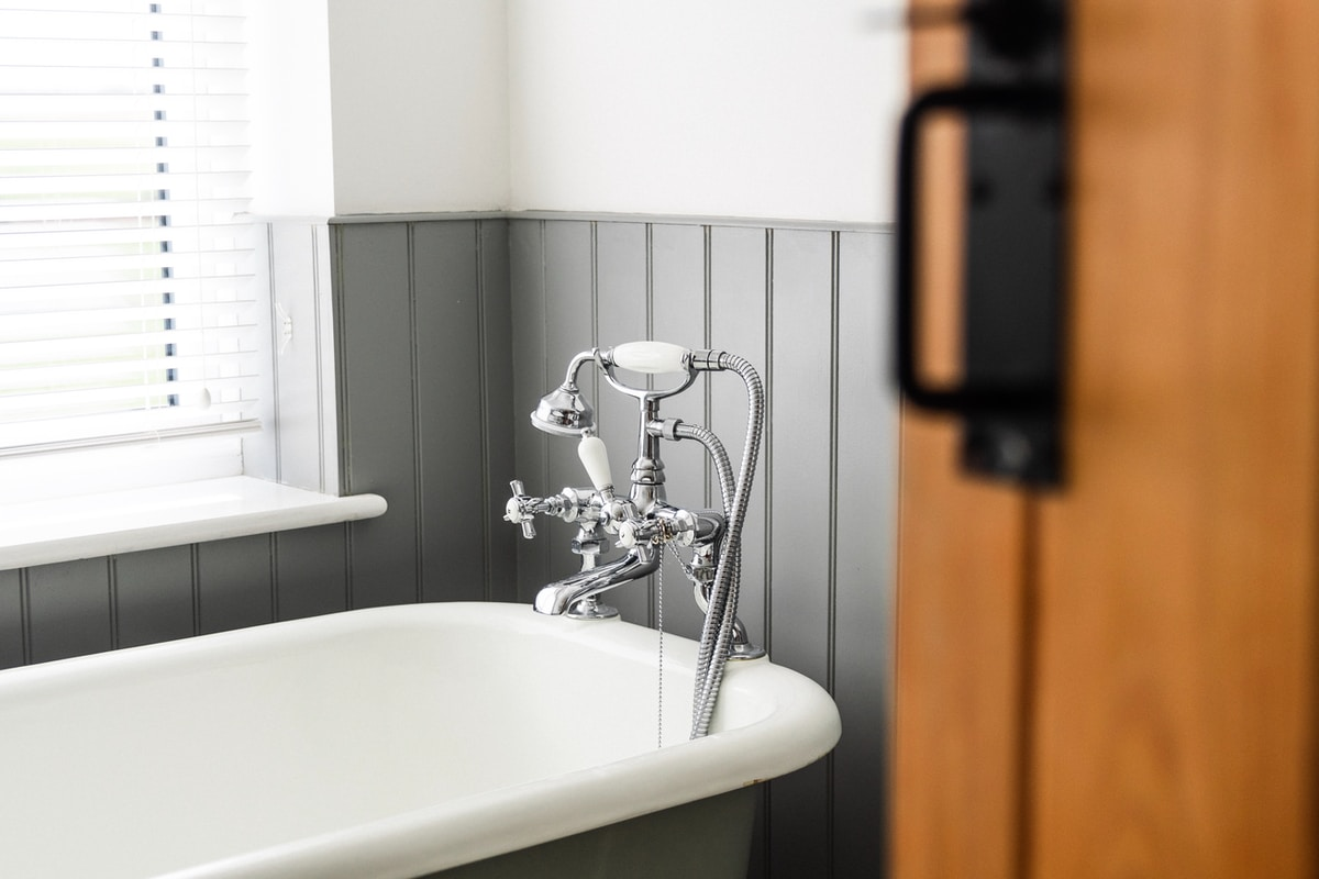bathtub replacement in Golden Valley, by Minnesota