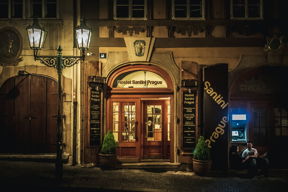 closed restaurant door