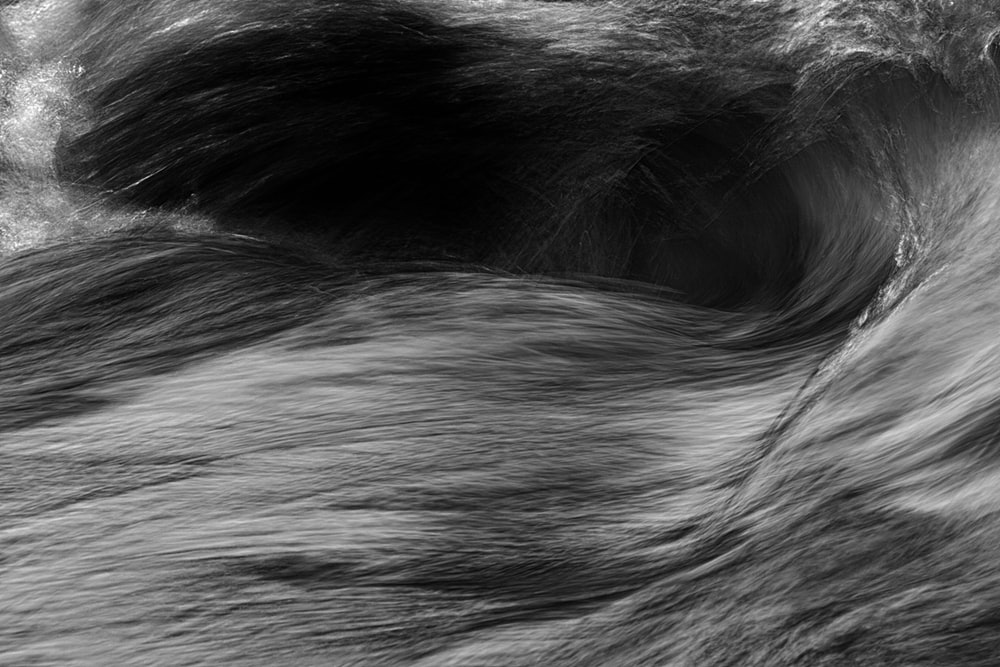 grayscale waves