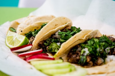 close-up photography of food taco zoom background
