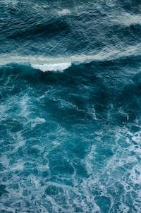 Olas en el Océano Atlántico, concretamente en la costa de Tenerife/Islas Canarias.