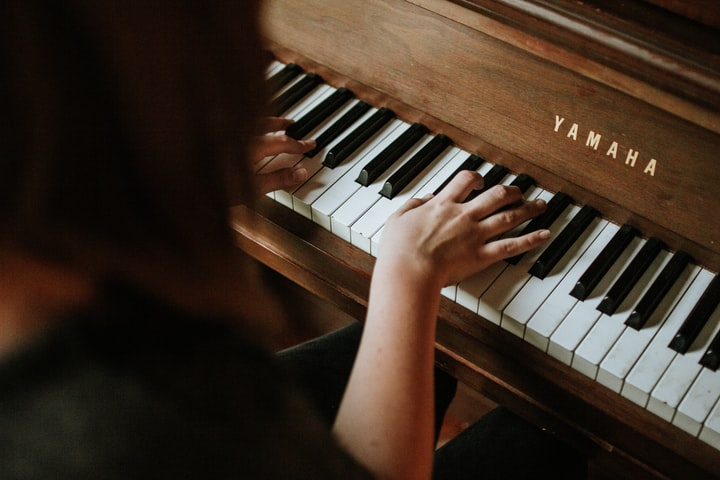 Ode to the Piano
