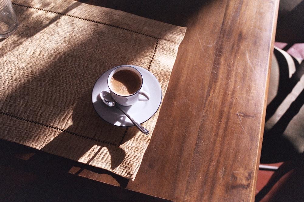 ceramic cup with full filled liquid
