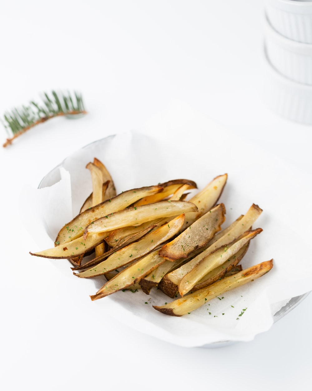 fried vegetables in white ceramic plate