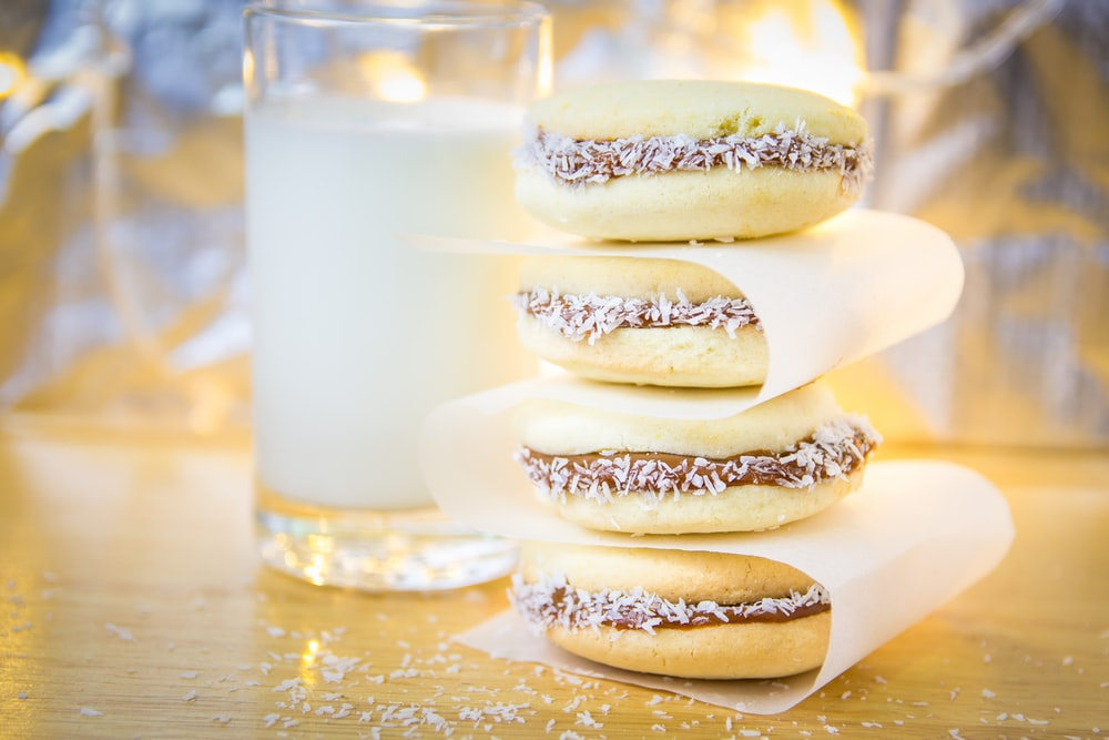 macaroons and glass filled with milk