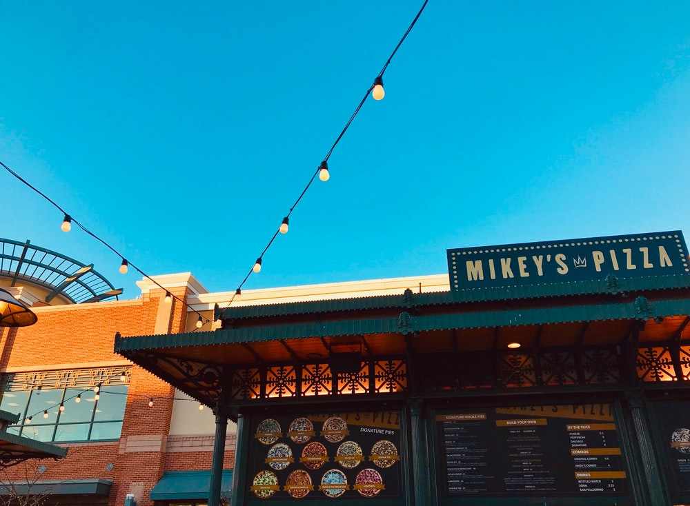 Mikey's Pizza store during daytime