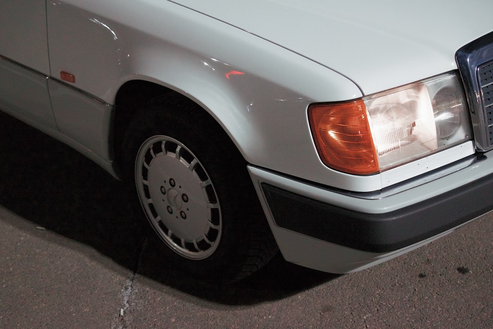 white Mercedes-Benz vehicle during daytime