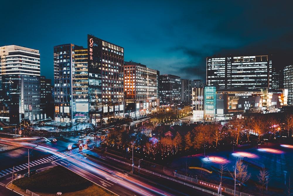 timelapse photography of city skyline at night