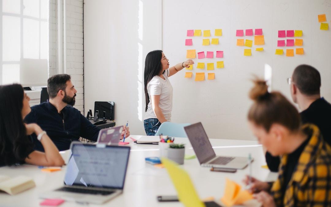 Comment organiser une réunion de travail productive