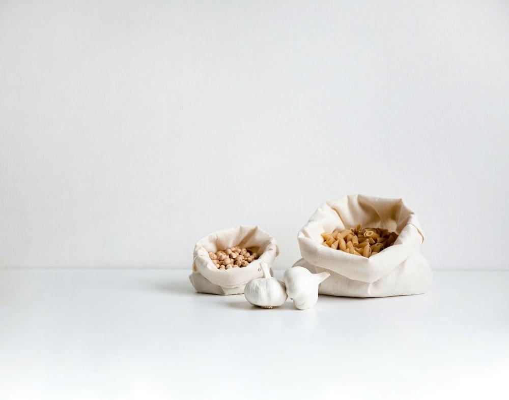 garlics in sacks
