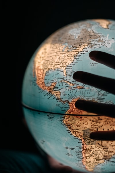 globe décor