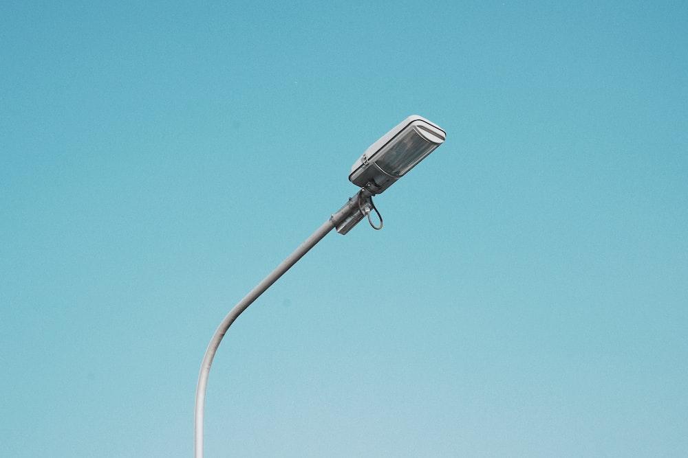 gray streetlight