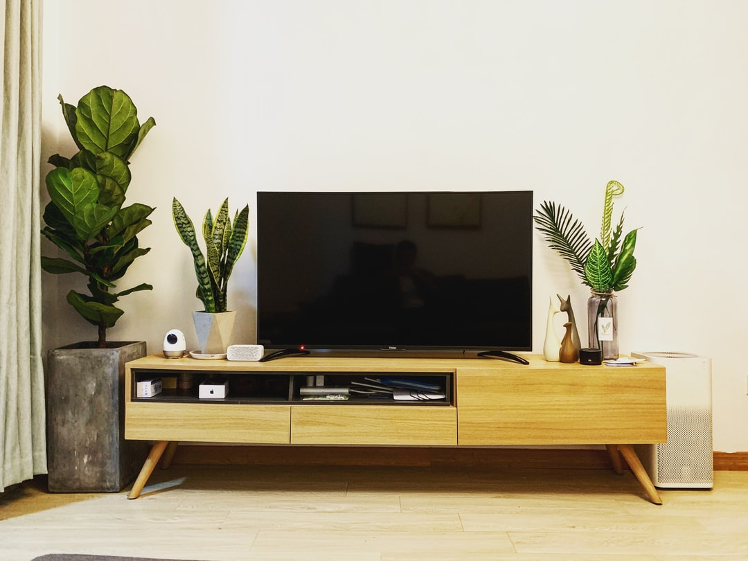 Choosing the Right TV Stand