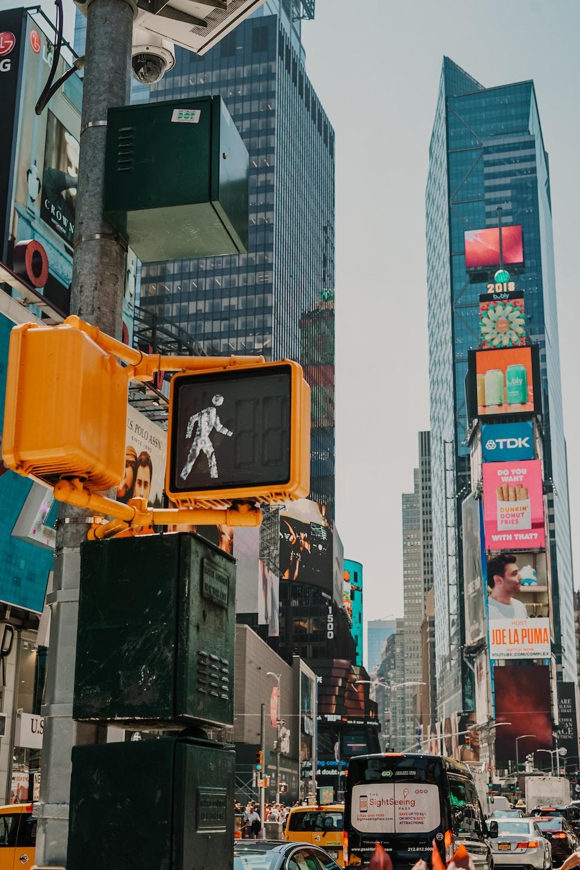 walking signage at daytime