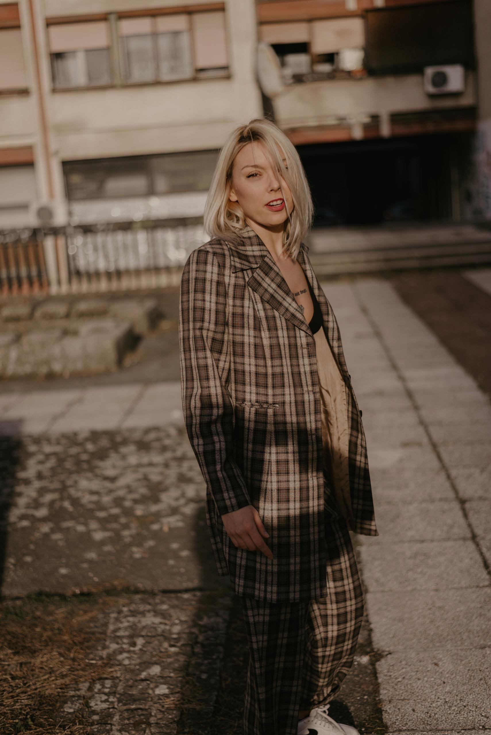 Winter Dressing Vintage