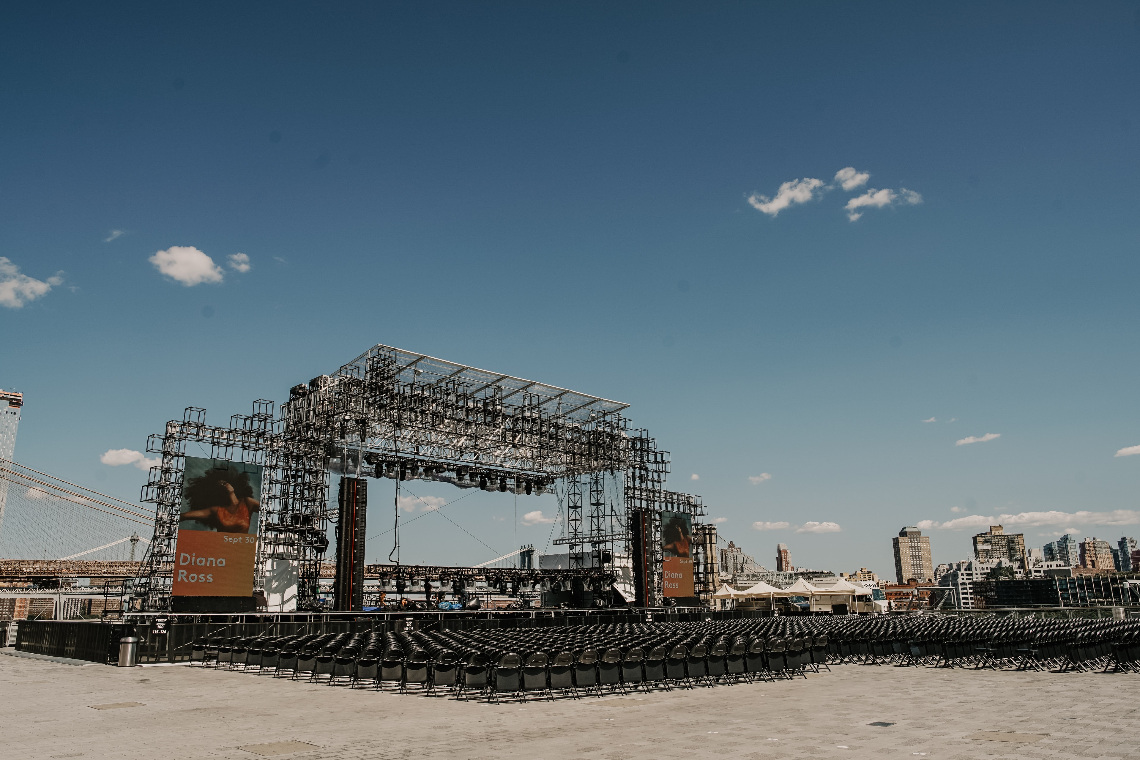 empty stage during daytime
