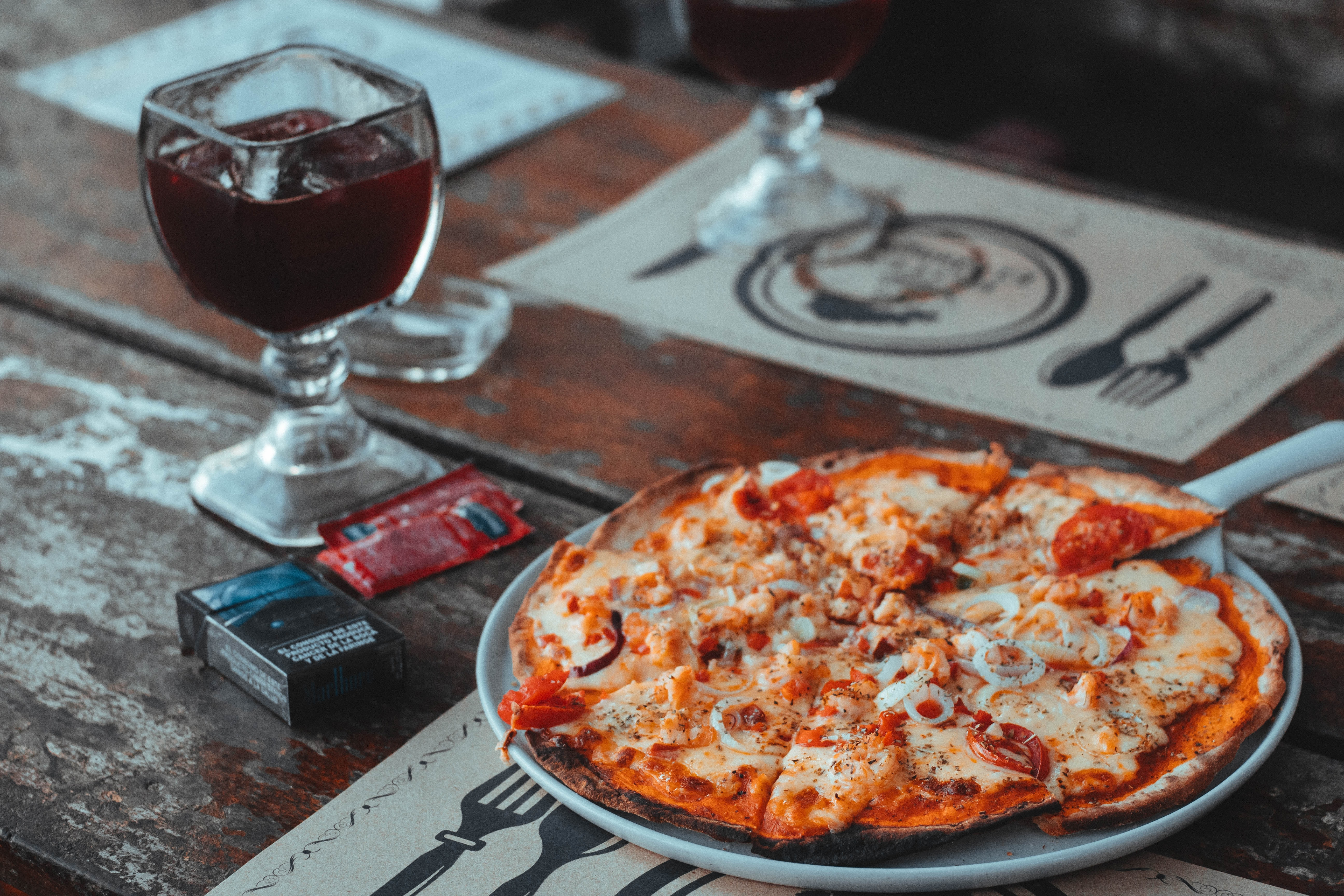 pizza on the plate