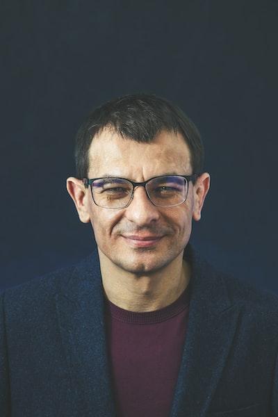 Portrait of man in glasses (scientist)