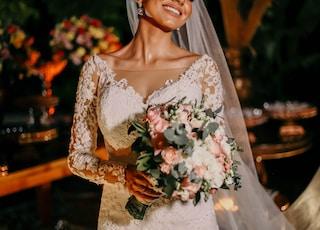 women's white floral lace wedding dress