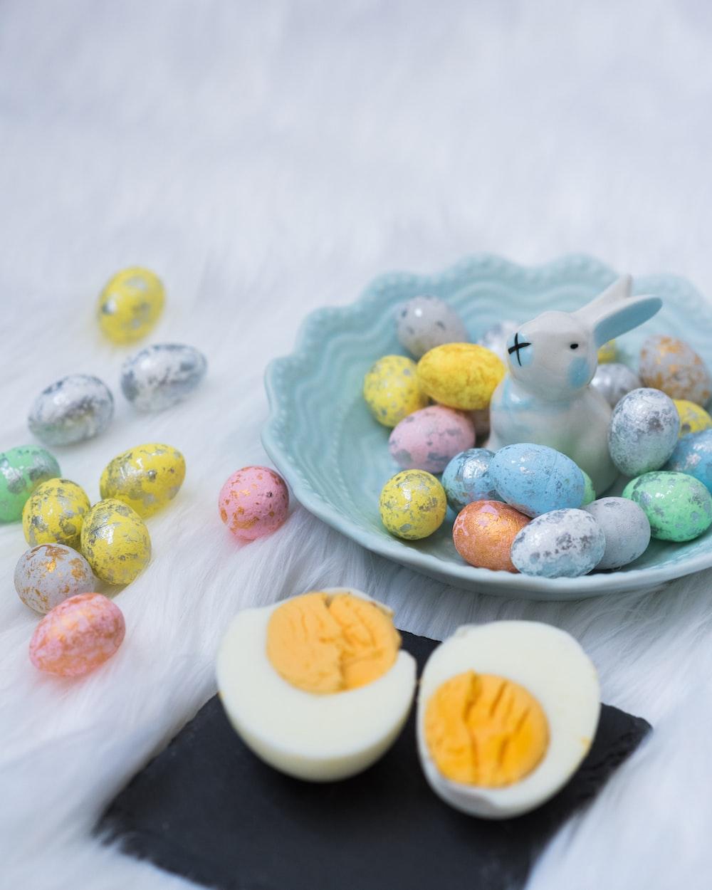 eastern egg illustration