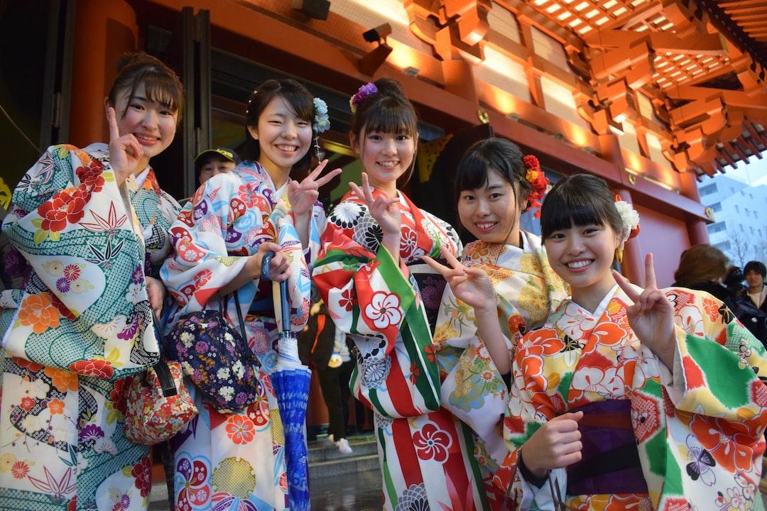 Japanese women in Senso-ji temple, Tokyo, in March 2019