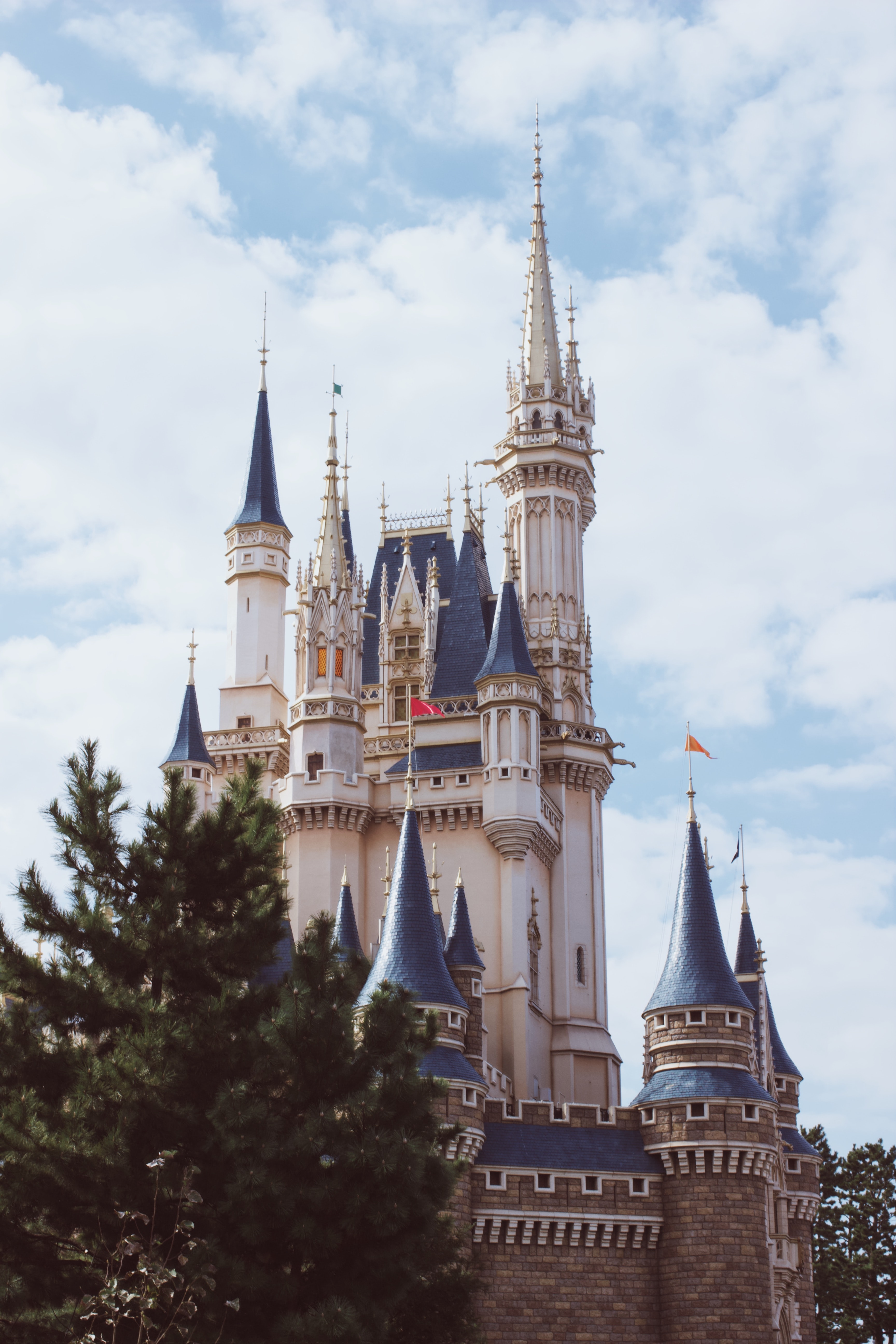 white and blue castle