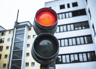 close-up of gray-framed traffic light