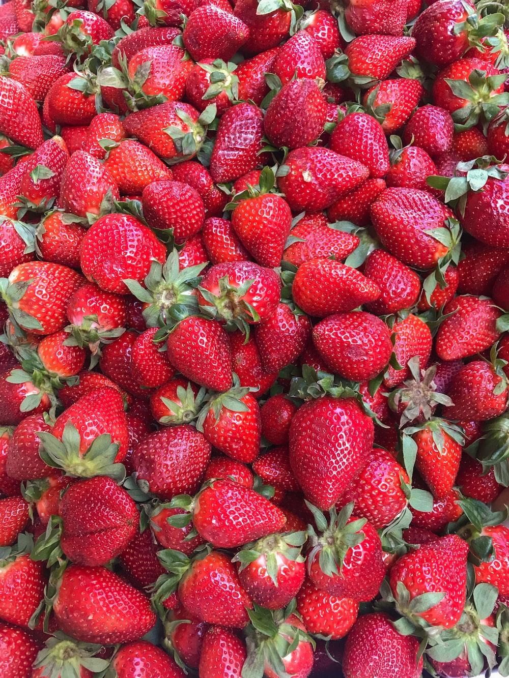 bundle of strawberries