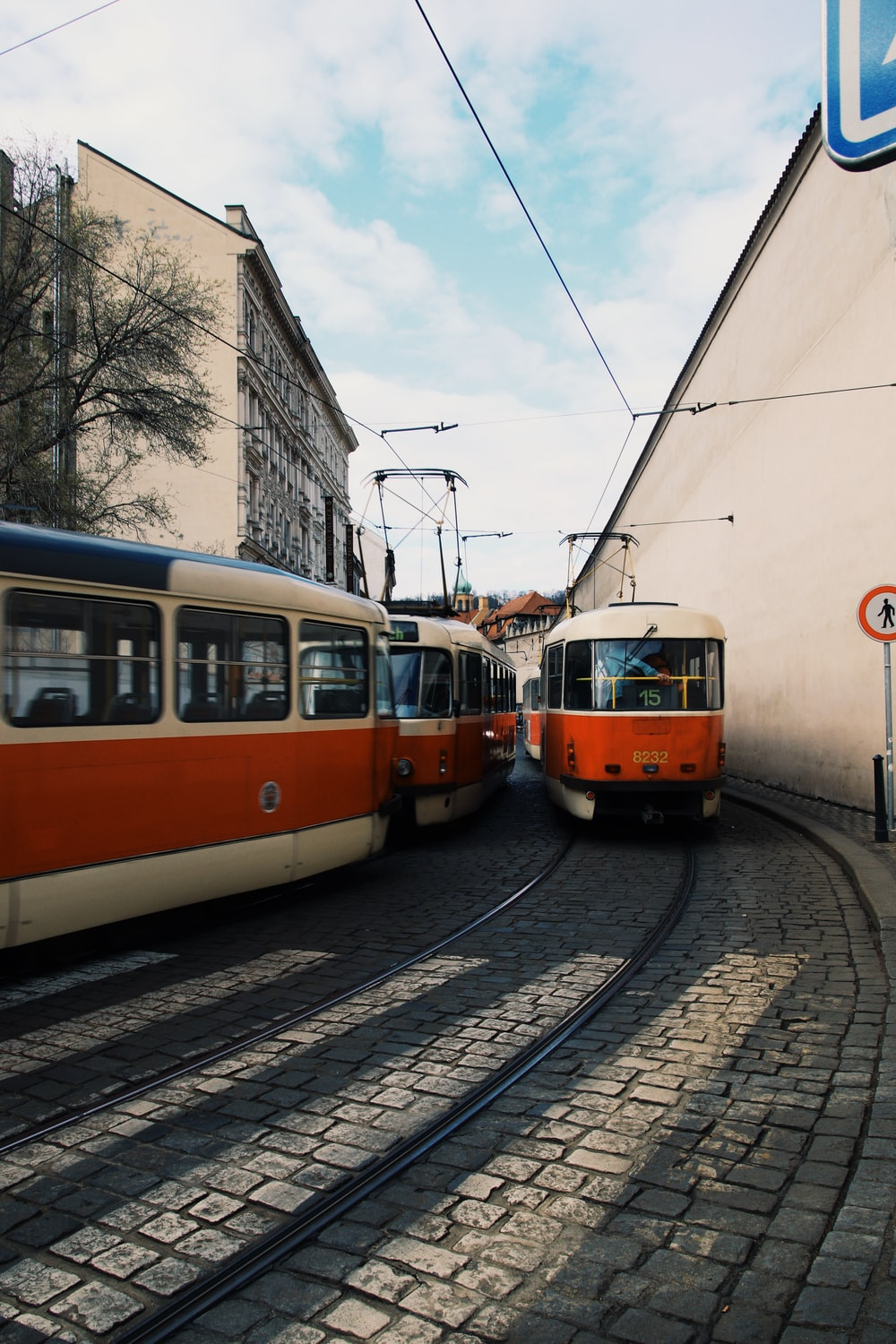 white and red cable trains