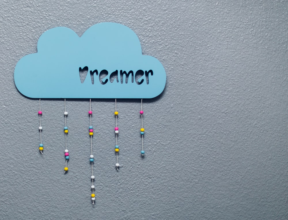 dreamer wall decor