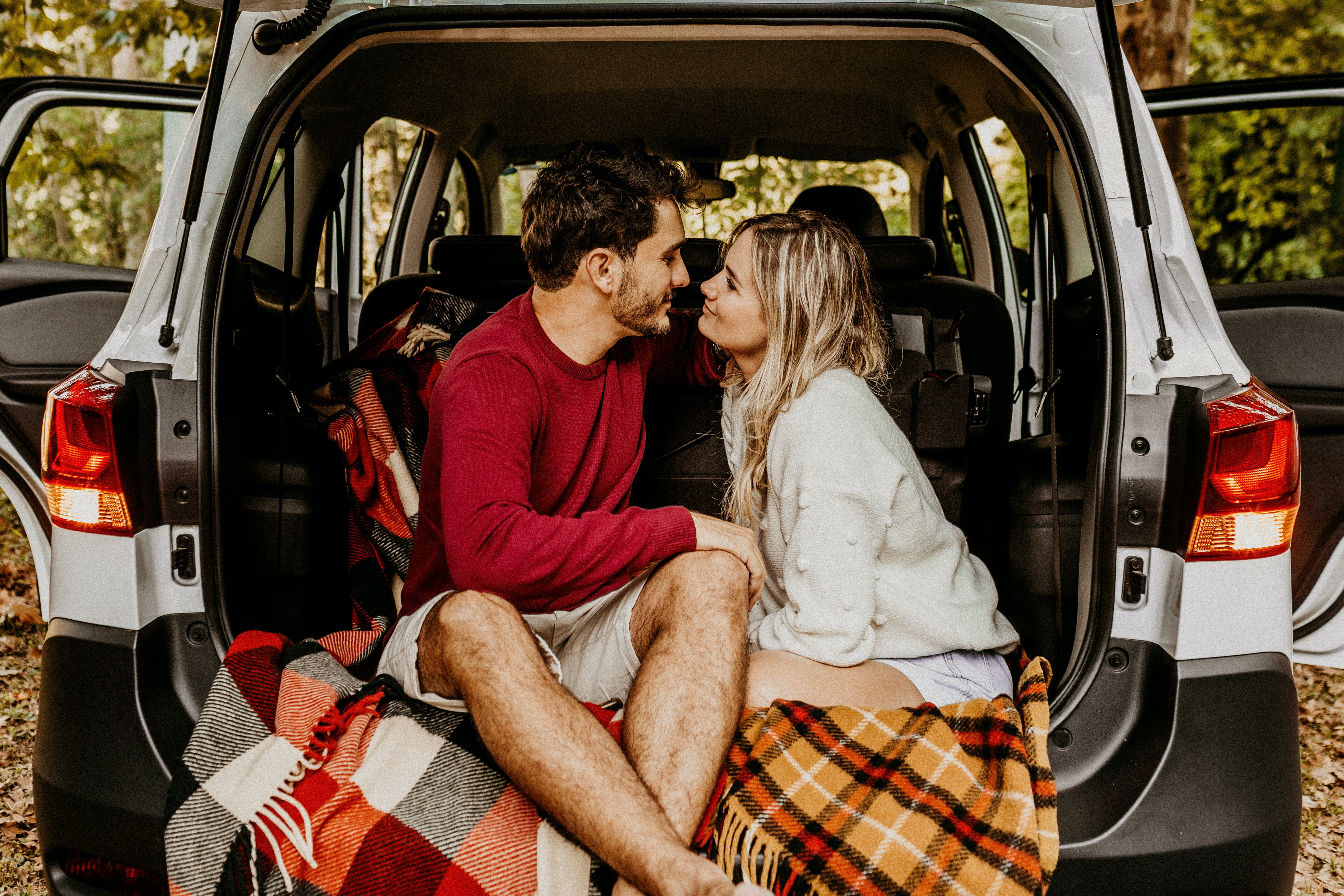 girl it should be me  driving to your house knocking on your door kissing you on your mouth holding on your hand dancing in the dark coz I was the only one who loved you from the start #love stories