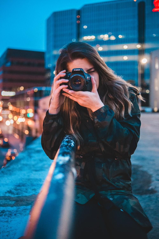 woman using camera photo – Free Photography Image on Unsplash