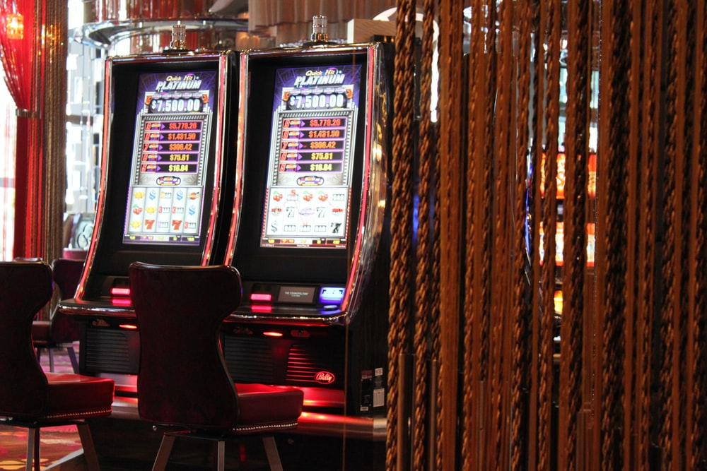 shallow focus photo of slot machine