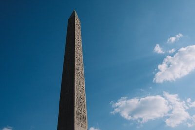 Still walking in Paris. The Obelisk is so old, so magnificent. I'm truly in love with Egyptian architecture. It's so mystic, between future and past. I love it.