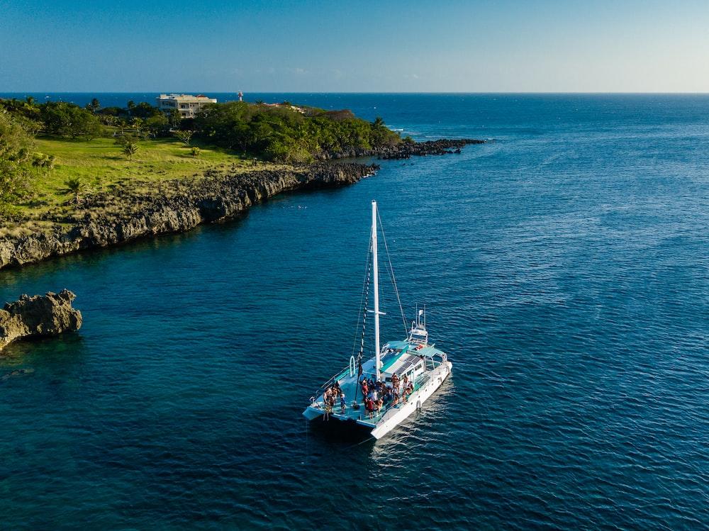 motorboat near island in aerial photo