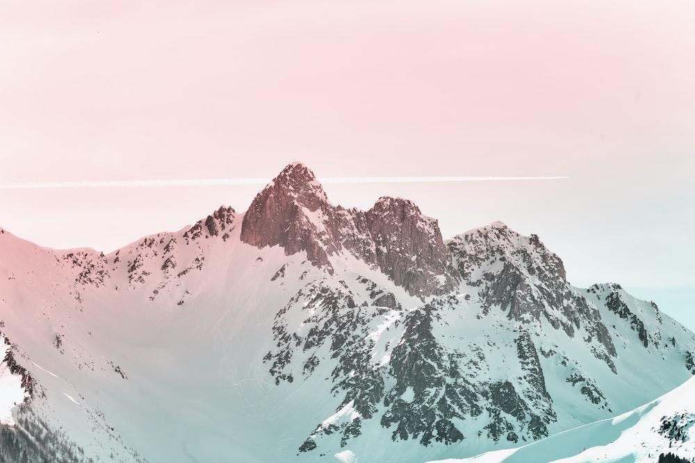 white snowcovered mountain