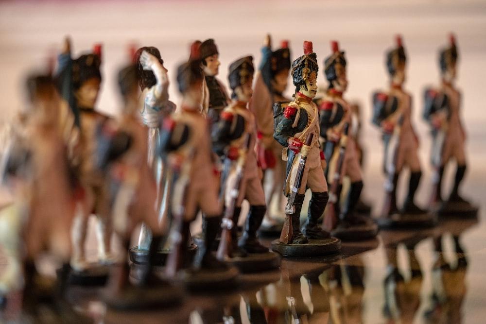 army figurine colleciton