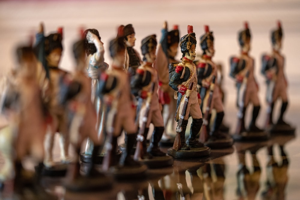 army figurine colleciton
