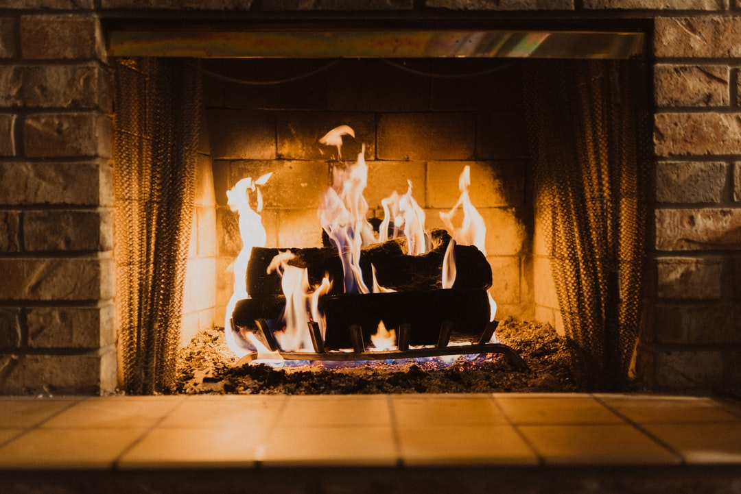 fire <b>wood</b> on fireplace photo – Free Fireplace Image on Unsplash