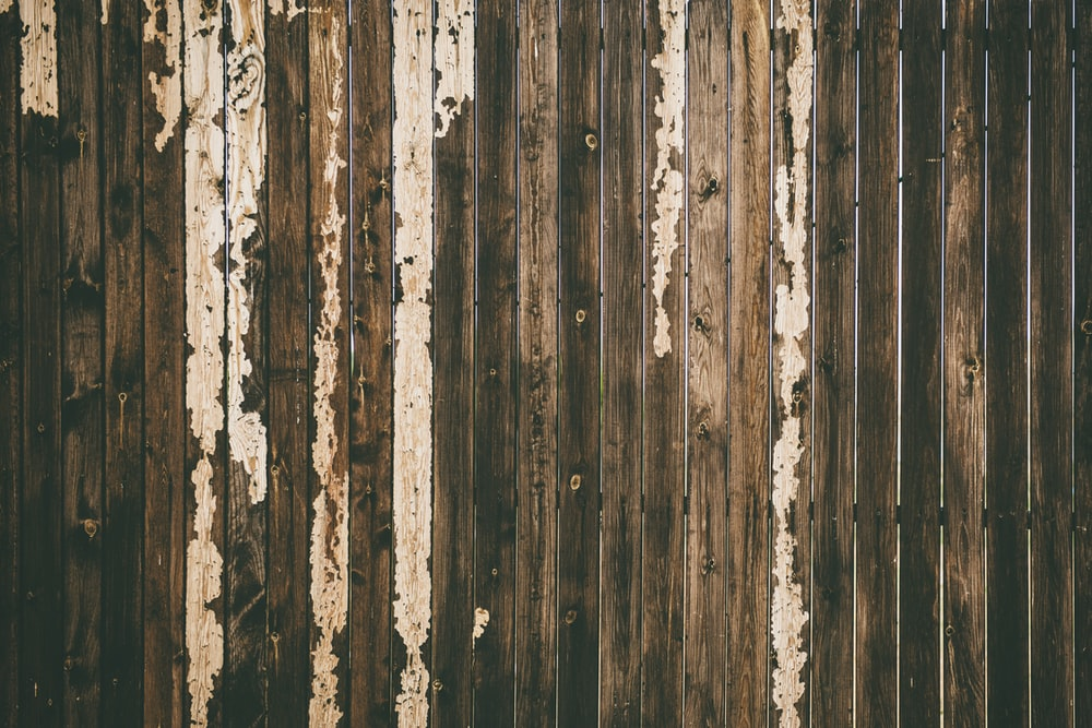 brown wooden pallet fence