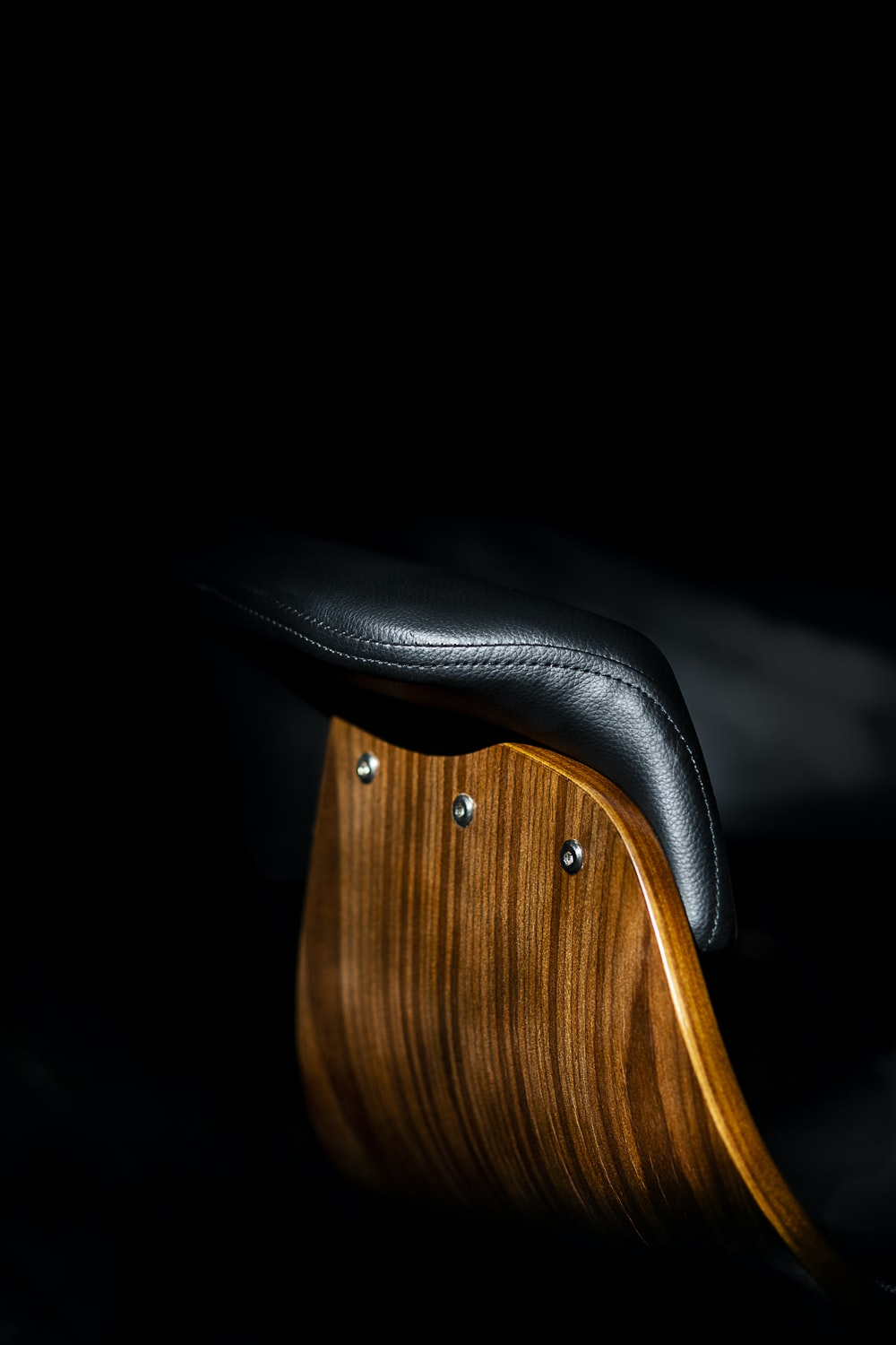 brown wooden saddle