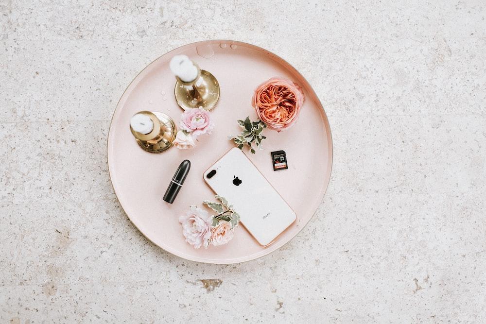 gold iPhone 8 Plus